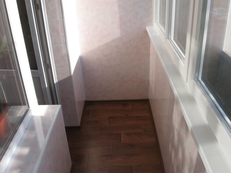 Отделка изнутри балконов и лоджий фото..