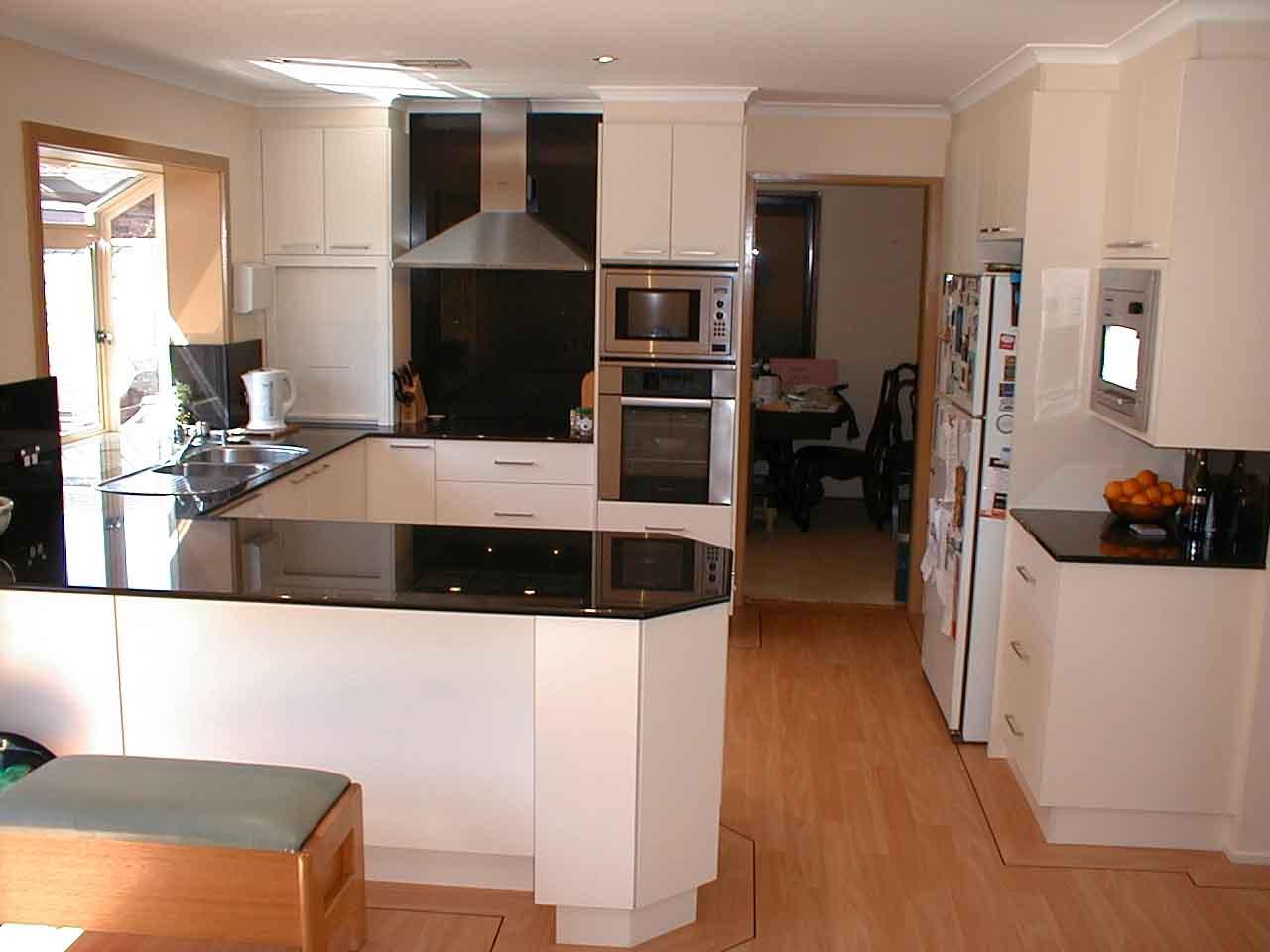 Фото идеи ремонта кухни в доме