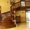 Изготовление деревянных лестниц в Киеве