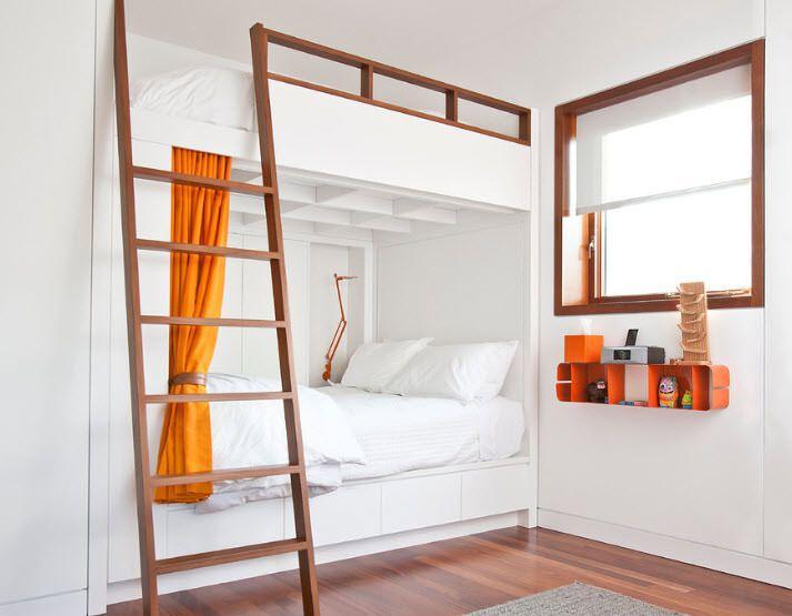 Двухъярусную кровать   взрослую