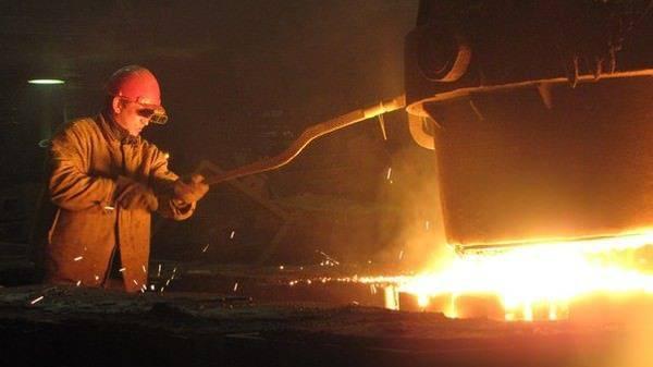 Рабочий процесс на литейном заводе