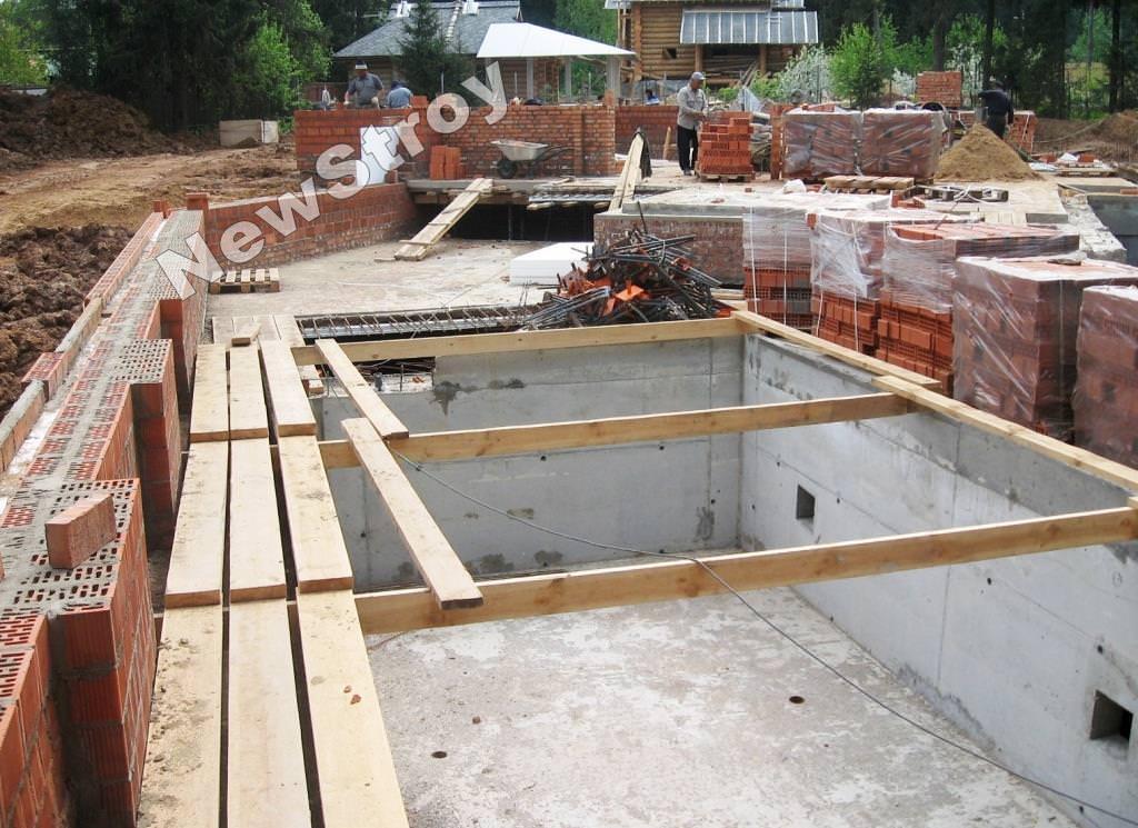 Как построить цокольный этаж своими руками 16